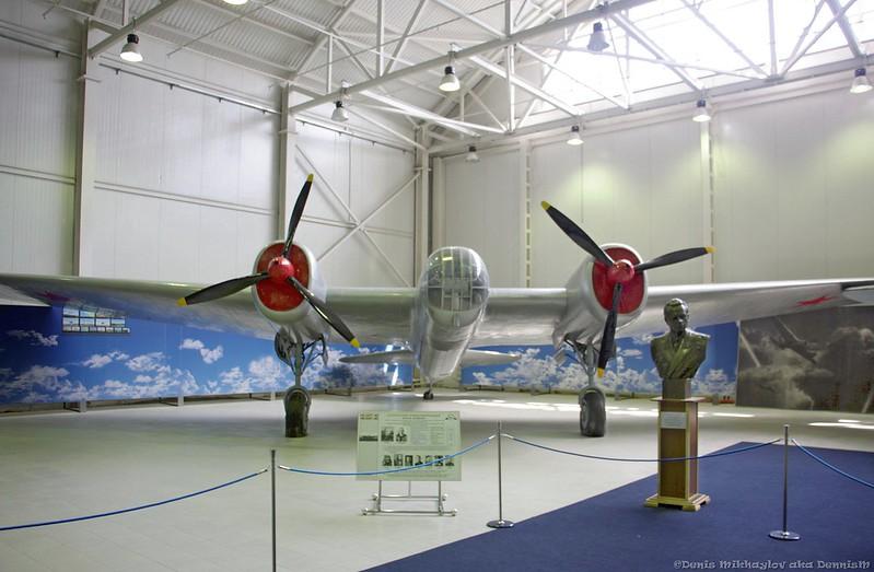 Скоростной бомбардировщик СБ (АНТ-40)