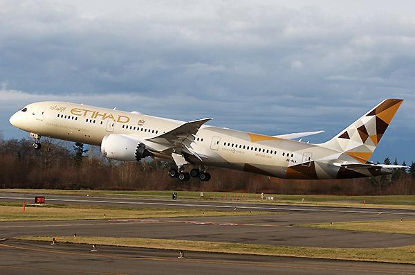 Etihad B787-9 takeoff (Etihad)