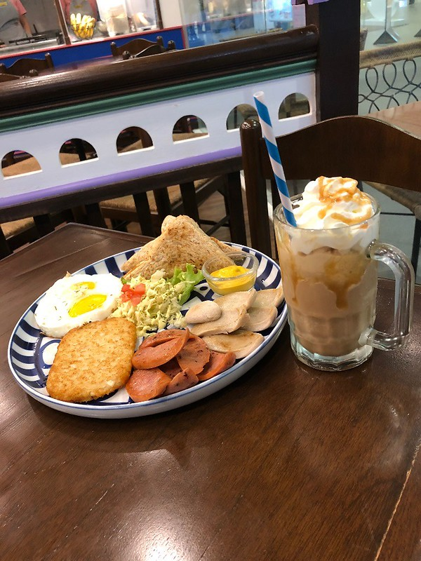 CafeBreton1