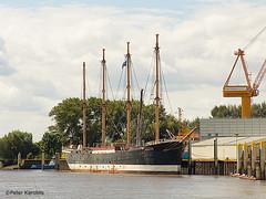 Boote, Schiffe und Schiffsdetails / boats, ships and ships details