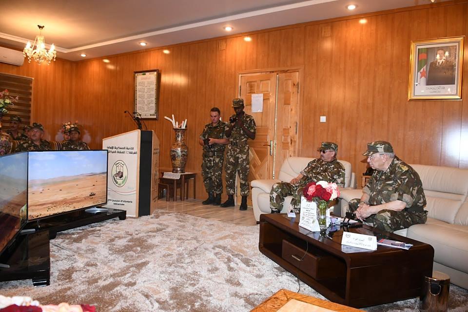 الجزائر : صلاحيات نائب وزير الدفاع الوطني - صفحة 22 41903404134_6eec0747ec_b