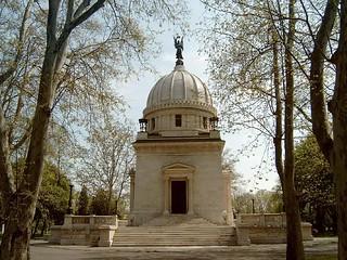 Deak Mausoleum