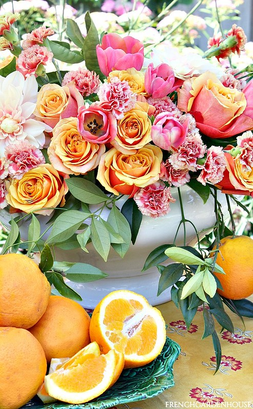 FrenchGardenHouse-Floral-Friday-Citrus-Arrangement