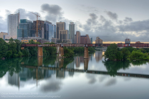 landscape topazadjust detailenhancer dawn oscaramosphotography coloradoriver water townlake sunrise hdr summer availablelight texas tonemapped ndfilter lightroom reflection photomatix austin architecture nikond7200 skyline 18200mm downtown