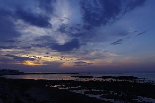 sunrise east spring beach lowtide sea seacoast seashore seaside clouds morning ocean gulfofmaine hampton newhampshire newengland northbeach