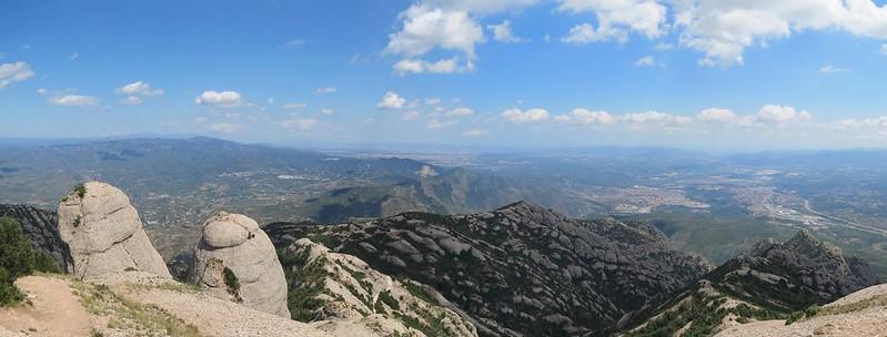Mirador de Sant Jeroni: vista cap a VacarissesIMG_2635 Panorama