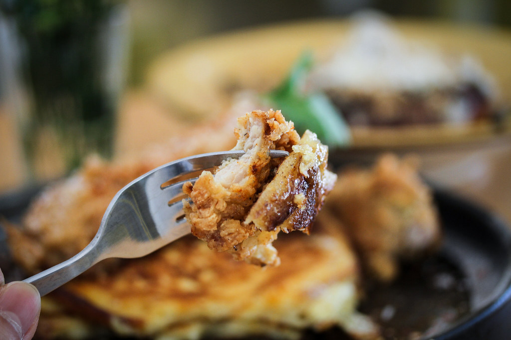 earlybird café Chicken and Pancake on Fork