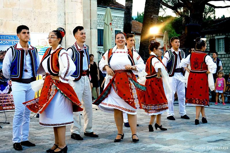 Румынский народный танец