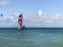 Louis test le hover foil 2019 windsurf de Robby Naish