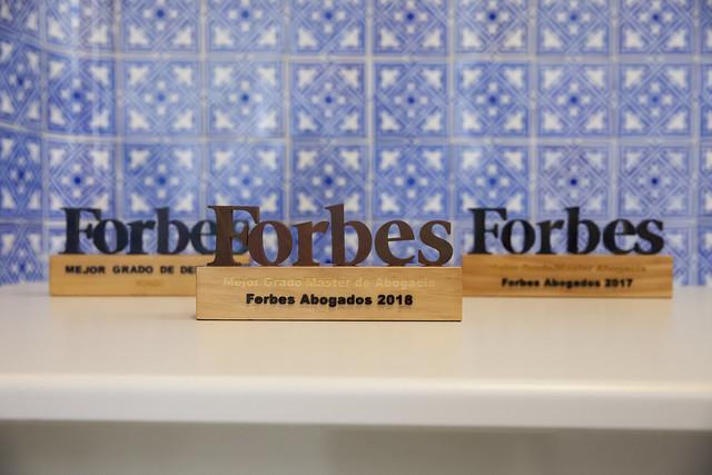 Premios Forbes Derecho | Comillas ICADE