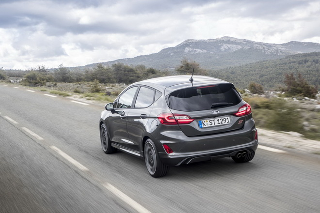 Ford-Fiesta-ST-2018-Test-Review-9-1600x1067