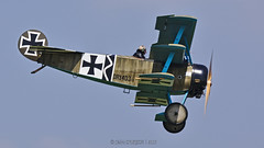 Fokker DrI Dreidecker / Private / G-CDXR | 403/17