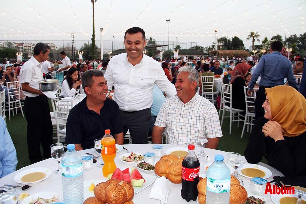 Başkan Yücel'den iftar daveti