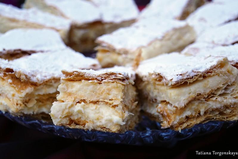 Традиционный кремовый пирог