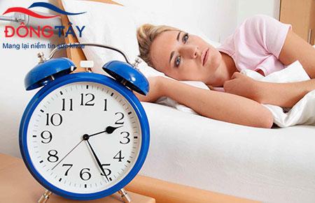 Mất ngủ vào ban đêm – dấu hiệu bệnh Parkinson