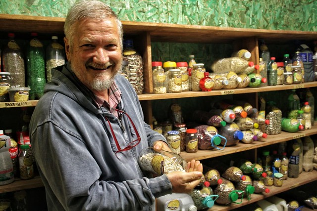 Hans Rinklin é coordenador da Casa de Sementes de Mandirituba (PR) e destaca que a iniciativa resgata o controle do cultivo pelo agricultor - Créditos: Giorgia Prates