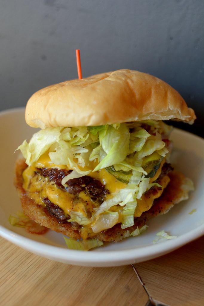 HiHo Cheeseburger - Santa Monica