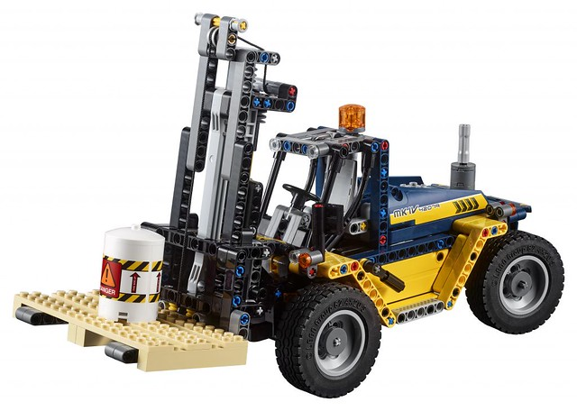 42079 Heavy Duty Forklift