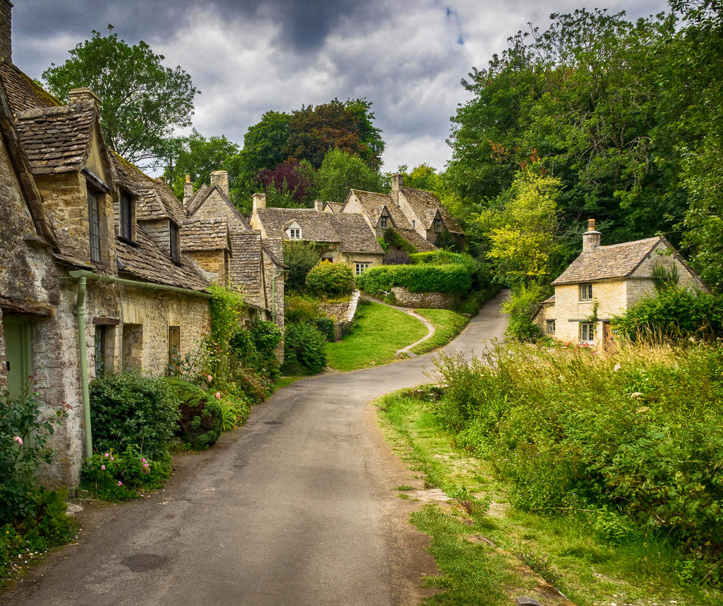 Arlington Row, Bibury, Gloucestershire. Credit Bob Radlinski, flickr