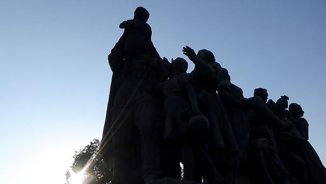 Statues Knayzheska Gardens 01
