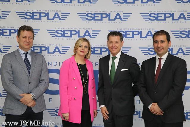 Adventia y SEPLA firman un nuevo convenio educativo que transforma la experiencia profesional de los pilotos en un Grado Universitario