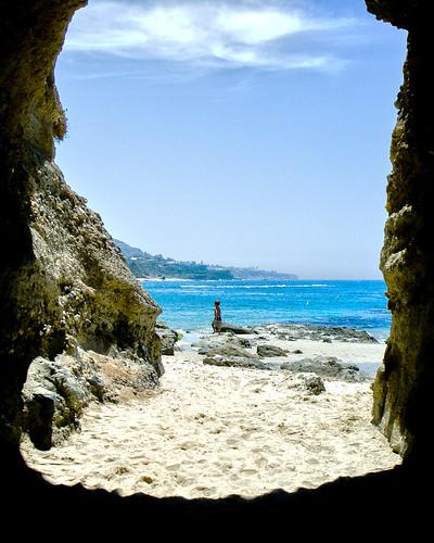 usa california 35mmequiv fujix100 pacificocean sand beach boy