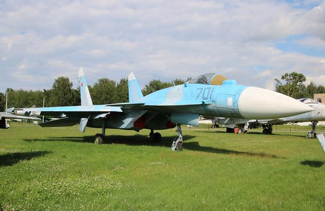 Sukhoi Su-35 701 outline, Canon EOS 760D, Tamron 16-300mm f/3.5-6.3 Di II VC PZD Macro
