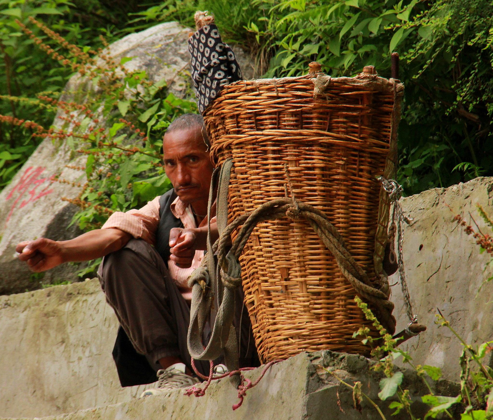 Bhuyandar is the last village before Ghangaria