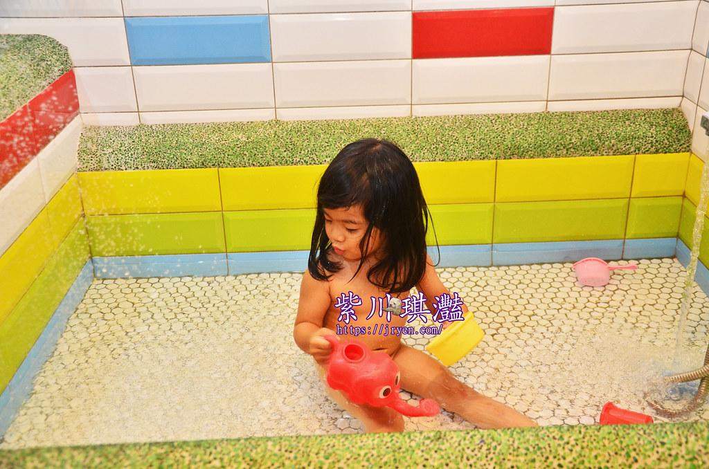 台南浴缸民宿006