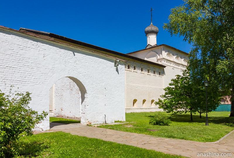 Никольская больничная церковь, Спасо-Евфимиев монастырь, Суздаль