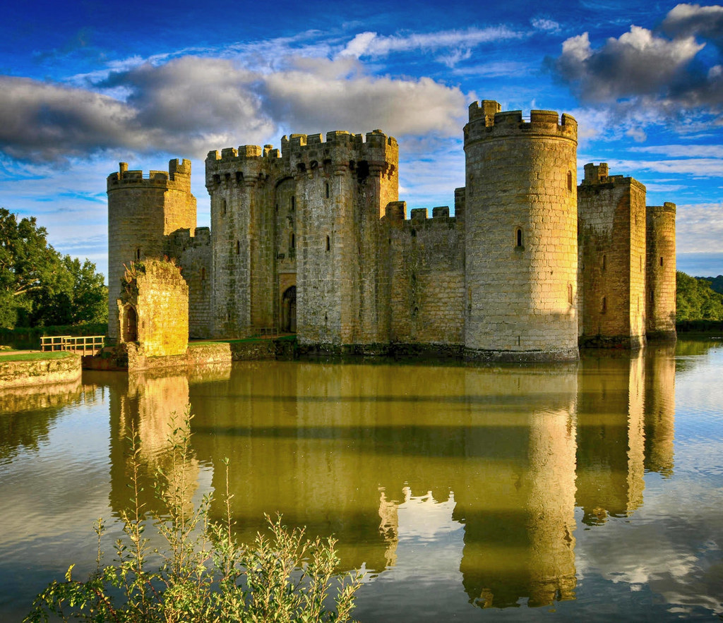 Bodiam Castle, East Sussex. Credit Adrian Farwell