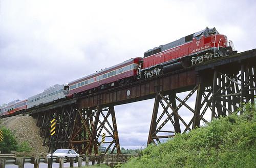 mna gp40 511 railroad emd locomotive yellville train chuckzeiler chz