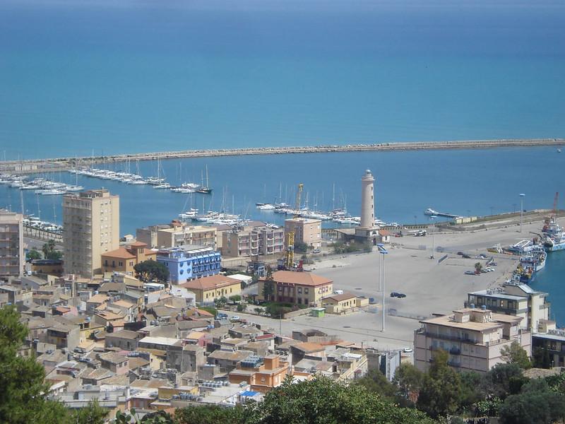030-вид на город и порт