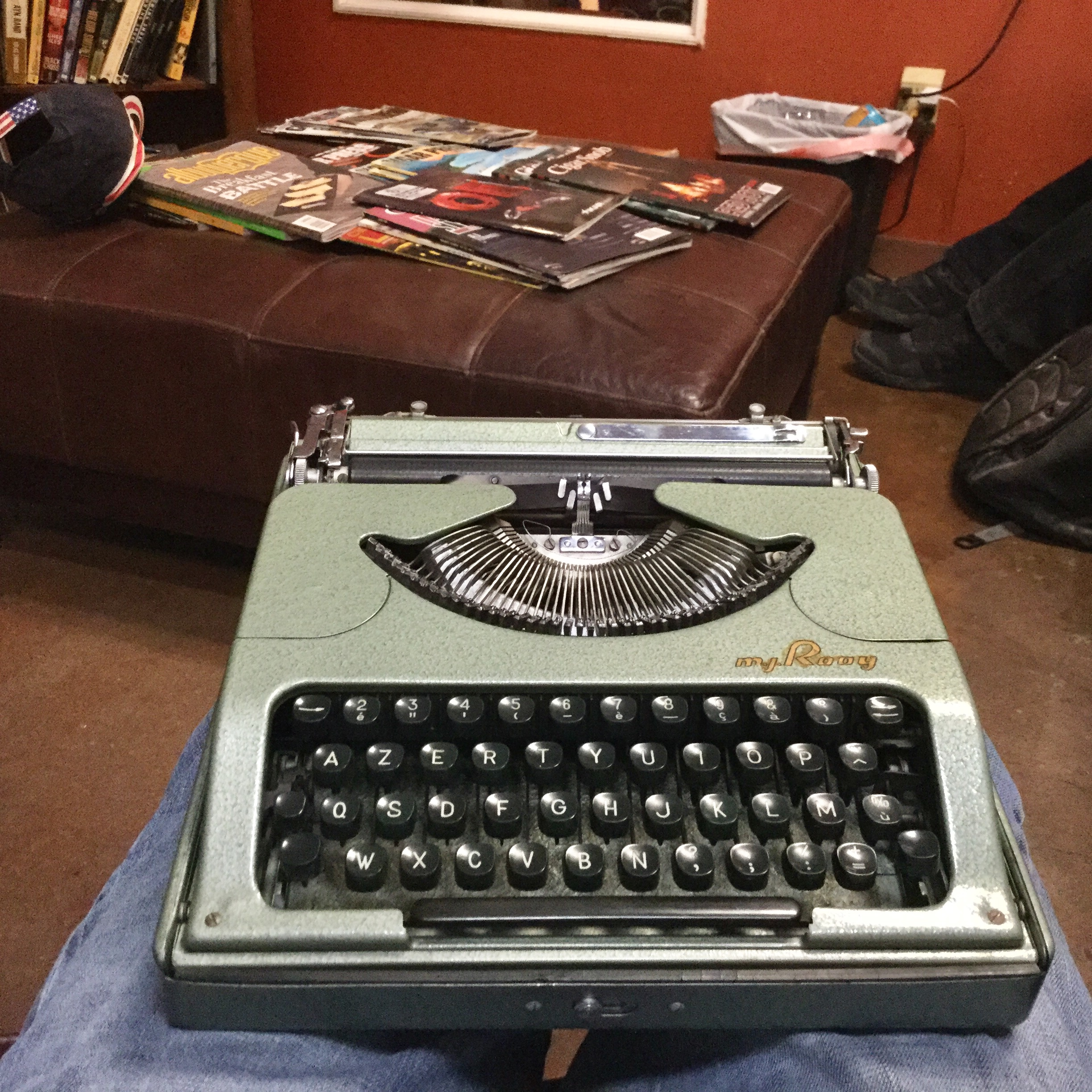 Cigar Store Rooy Typing