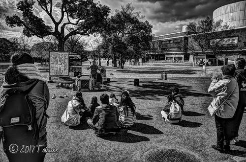 GR2作例:万博公園のストリートパフォーマー