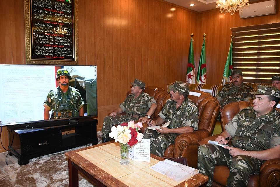 الجزائر : صلاحيات نائب وزير الدفاع الوطني - صفحة 22 42571082842_8b1f058c4d_b