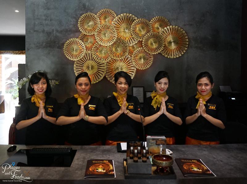 thai odyssey bandung front desk