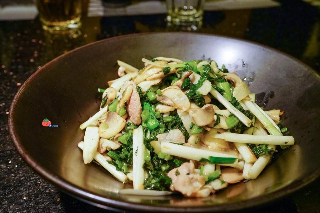 杭州餐廳推薦杭兒風-雪菜磨菇肉片_resize
