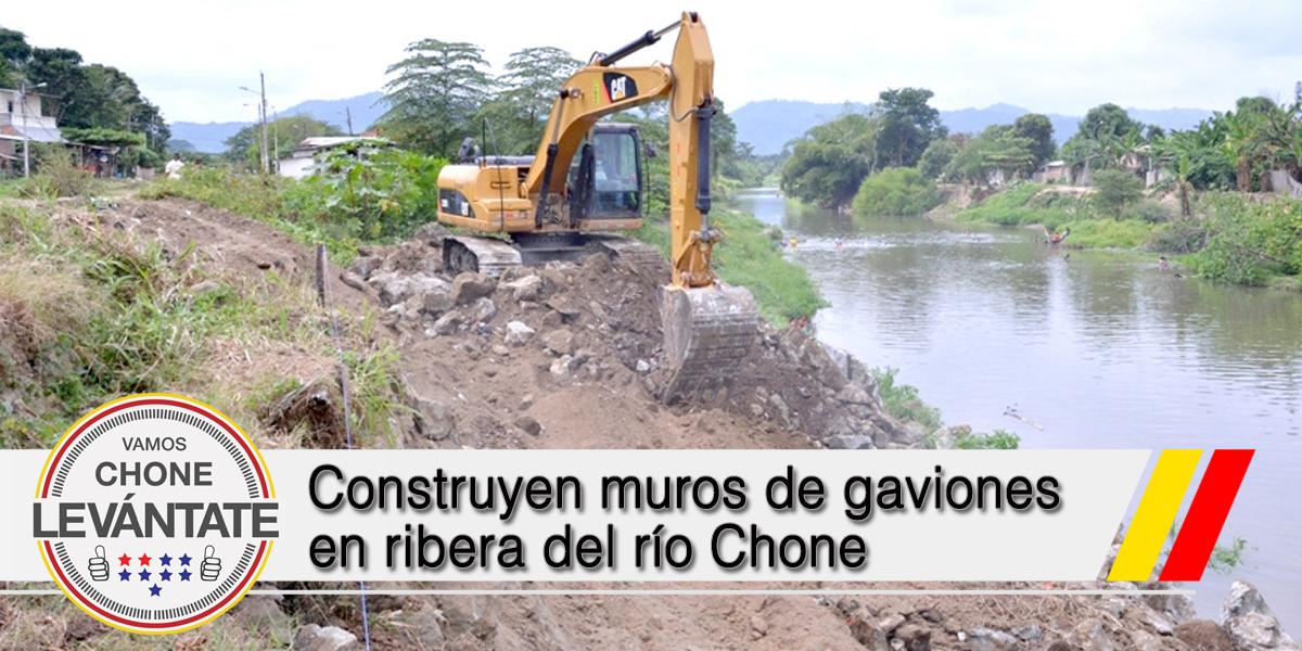 Construyen muros de gaviones en ribera del río Chone
