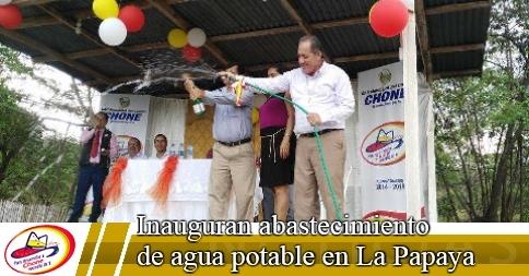 Inauguran abastecimiento de agua potable en La Papaya