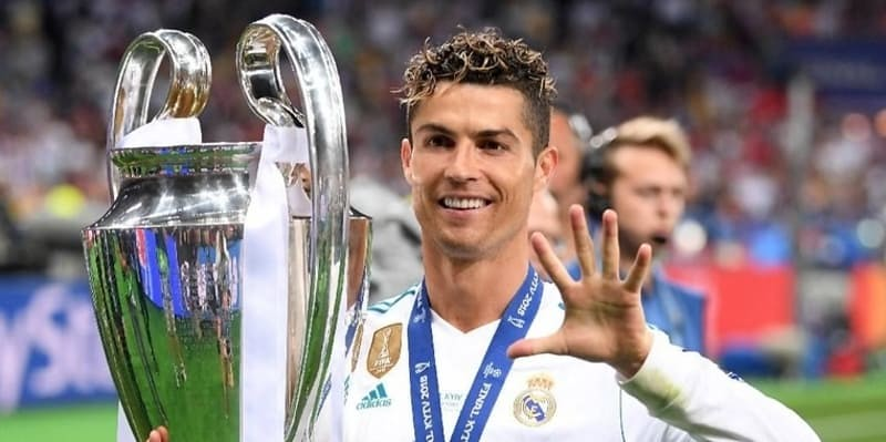 Fans Inter Tidak Akan Gentar Dengan Spanduk Ronaldo