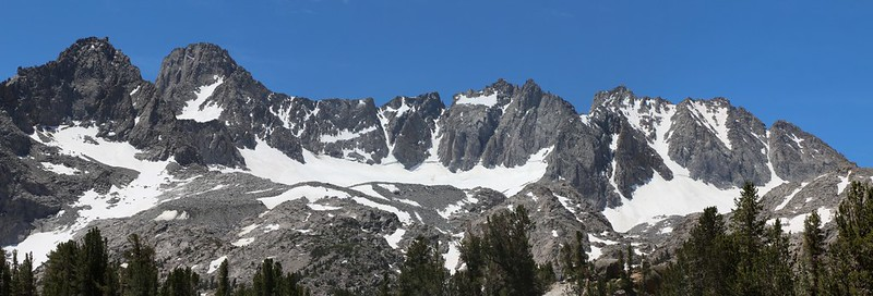 Mount Gayley, Mount Sill, Polemonium, North Palisade, Starlight, and Thunderbolt from Summit Lake