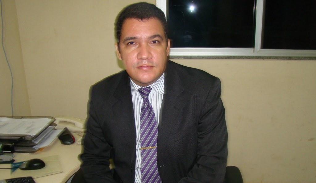 Delegado critica cobertura dada pelo blog à doença de sua esposa, Edinaldo Sousa