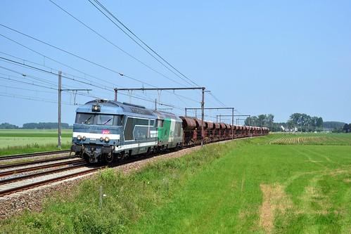 SNCF FRET BB 67629 + BB 67471 + trein 49810 te Jurbise