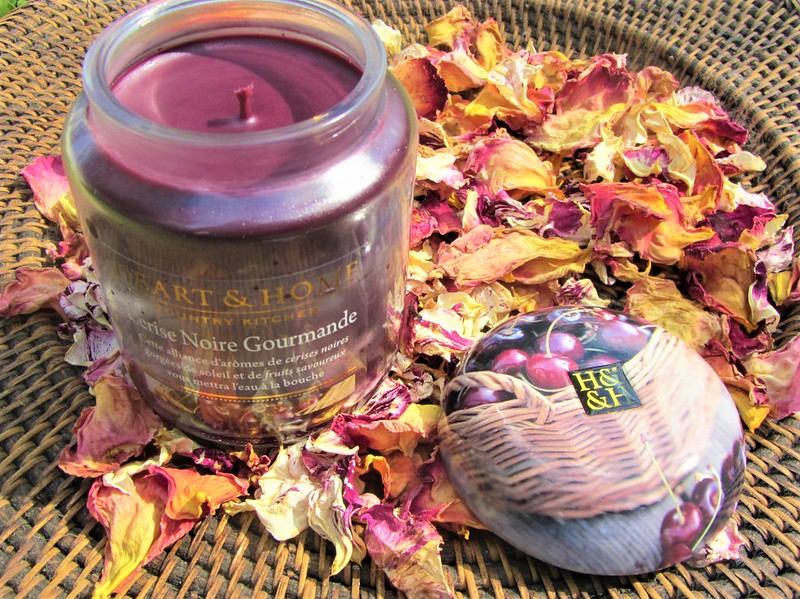 heart-and-home-bougie-cerise-gourmande-thecityandbeauty.wordpress.com-blog-lifestyle-0041