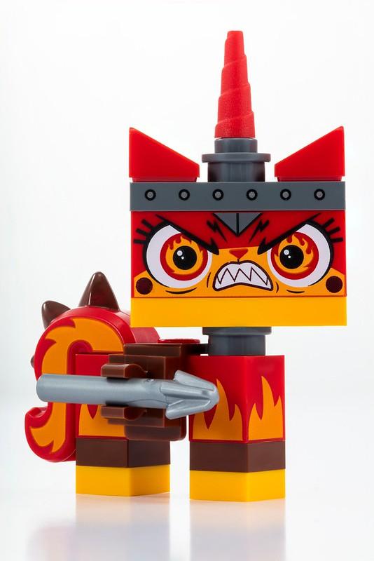 The LEGO Movie 2 Apocalypseburg Unikitty - SDCC 2018 (3)