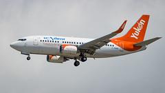 Boeing 737-55D(WL) C-FANF Air North