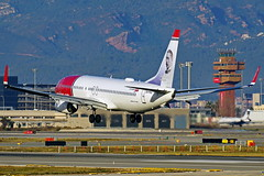 EI-FHU ex LN-NGH 737-8JP Norwegian Barcelona-El Prat 21-02-16