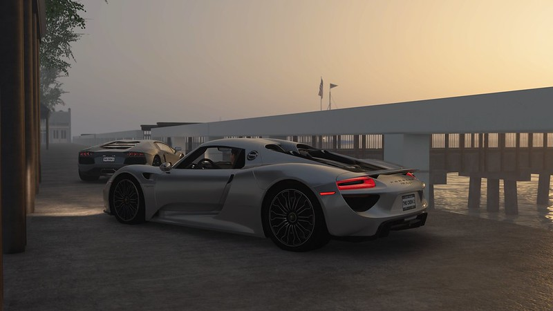 Lamborghini Aventador & Porsche 918 Spyder