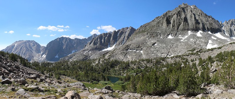 Buck Peak, Temple Crag, Mt Robinson, and Two Eagle Peak with Seventh Lake in the center